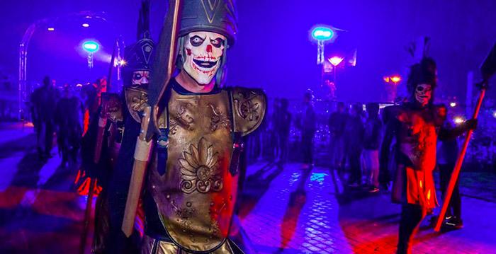 Halloween Toverland 2019.Pretpark Zoekt Griezels Voor Halloweenavonden Looopings Nl