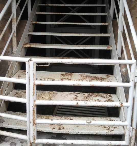 Is dit het lelijkste pretpark van europa groeten uit walygator parc looopings - Houten trap monteer ...